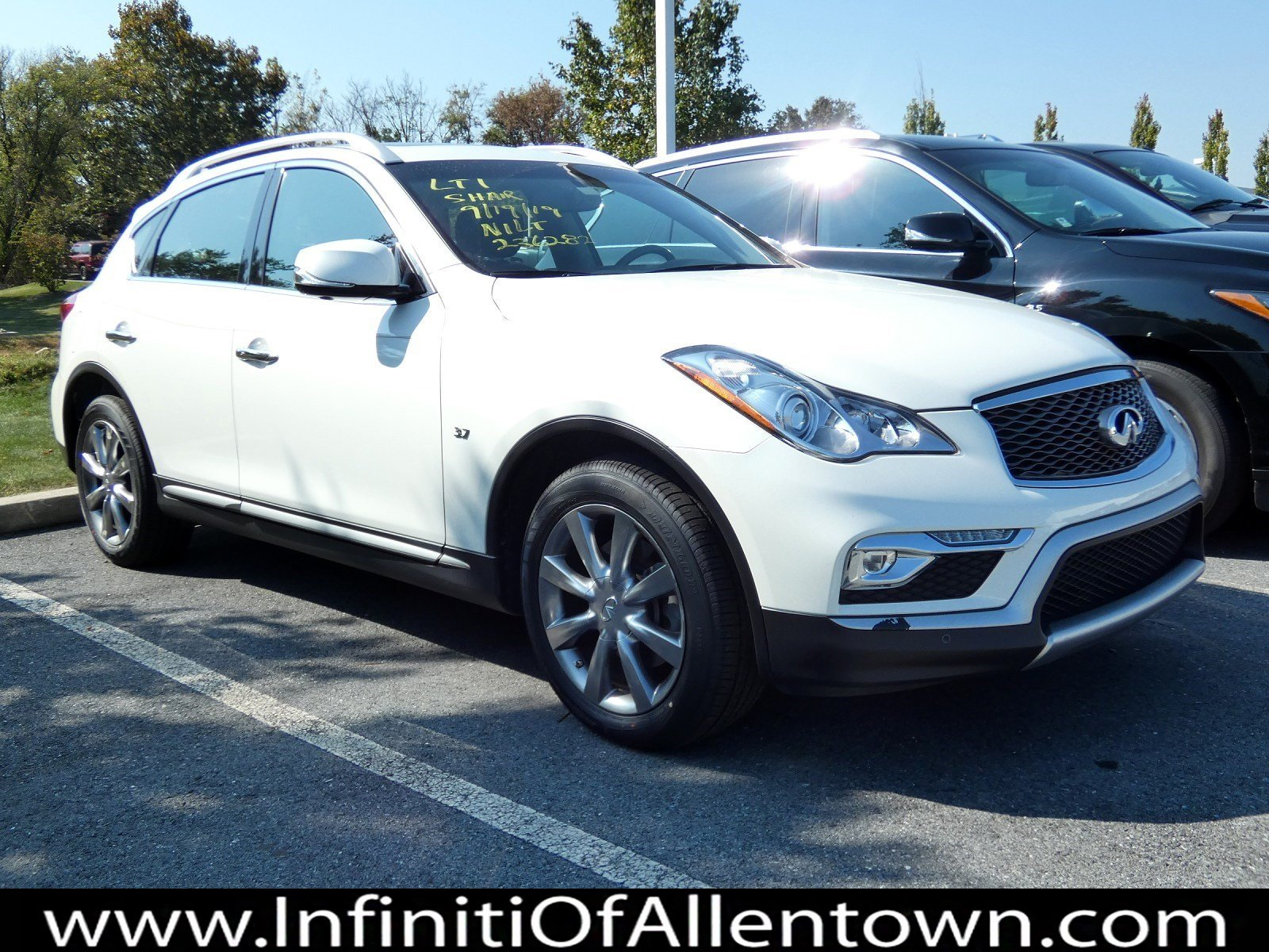 Pre-Owned 2016 INFINITI QX50 RWD 4DR