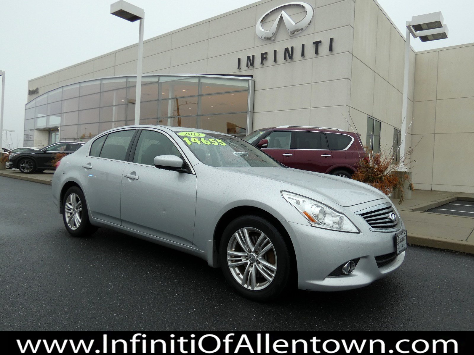 Pre-Owned 2013 INFINITI G37 Sedan x