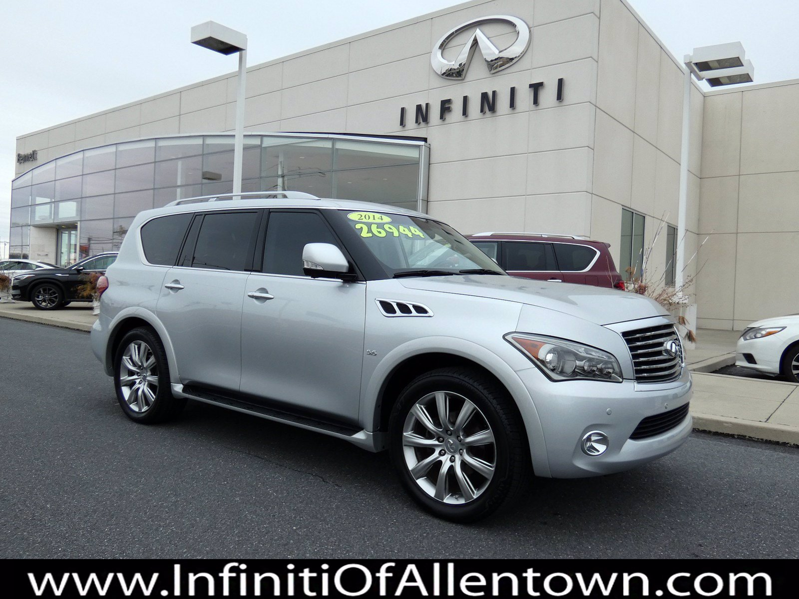 Pre-Owned 2014 INFINITI QX80 4DR 4WD